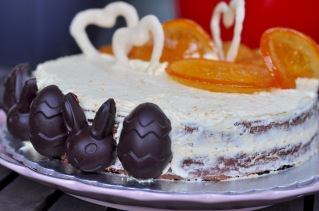 Hot Cross Bun Cake with Dark Chocolate